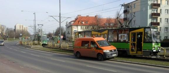 Zepsuty tramwaj na Dąbka. Mogą wystąpić opóźnienia w kursowaniu tramwajów!