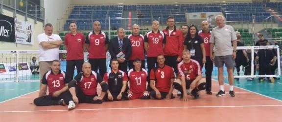Trener Polaków: Nie jest łatwo przygotować zespół