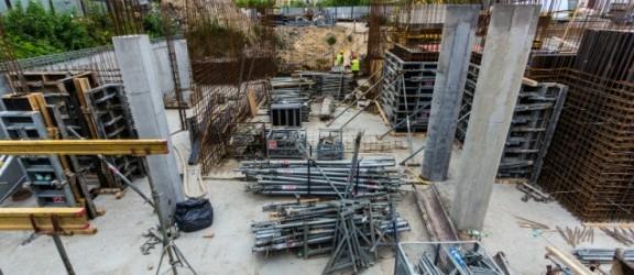 Trwa budowa Willi Syrena. Zobacz zdjęcia