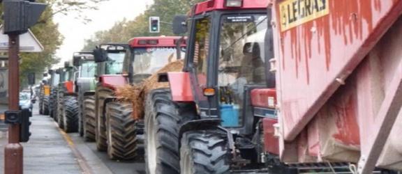 Rolnicy wychodzą na ulicę