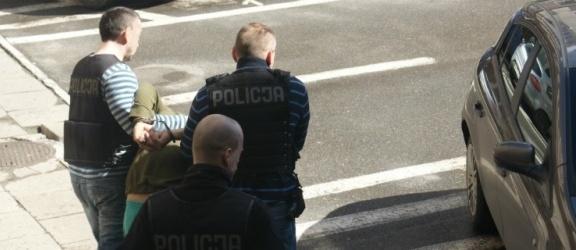 Areszt dla 30-letniego sprawcy rozboju