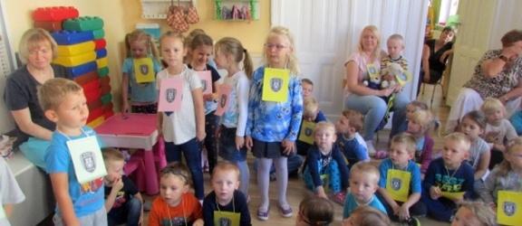 Straż Miejska w przedszkolu nr 13 w ramach niebieskiego tygodnia
