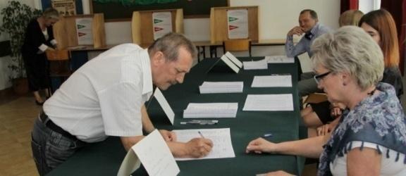 Nawet 500 złotych za dzień – tyle zarobią na wyborach