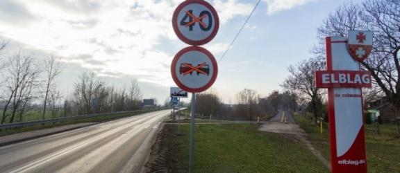 Kolizja na wylocie na Malbork. Powodem zamknięty wiadukt i jazda na pamięć?
