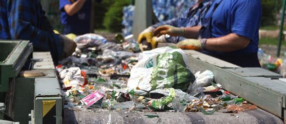"""Radni wstrzymują się z wprowadzeniem """"ustawy śmieciowej"""""""