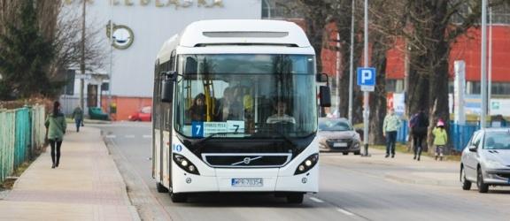 Ponownie autobus hybrydowy przyjechał na testy