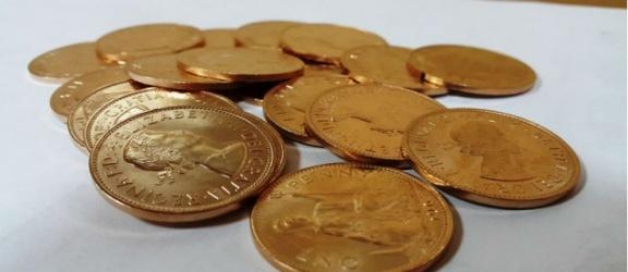 Za 10 tysięcy kupiła monety z tombaku. Policja ostrzega przed oszustami!