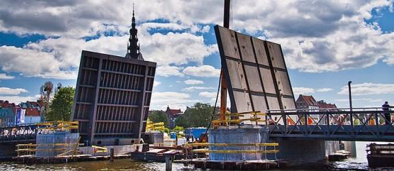 Pierwszy z mostów na rzece Elbląg będzie otwarty w lipcu