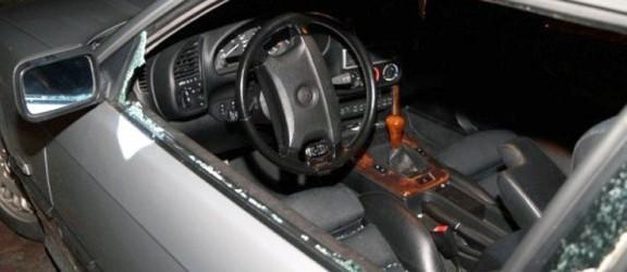 Ukradł forda escorta i sprzedał go na części
