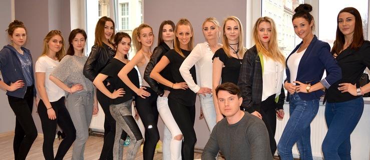 Próba przed galą finałową konkursu Miss Ziemi Elbląskiej (+ zdjęcia)