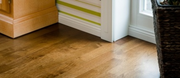 Panele drewniane - łatwy sposób na piękna podłogę