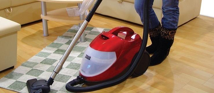 Za godzinę sprzątania firmy oferują od 15 do 74 złotych