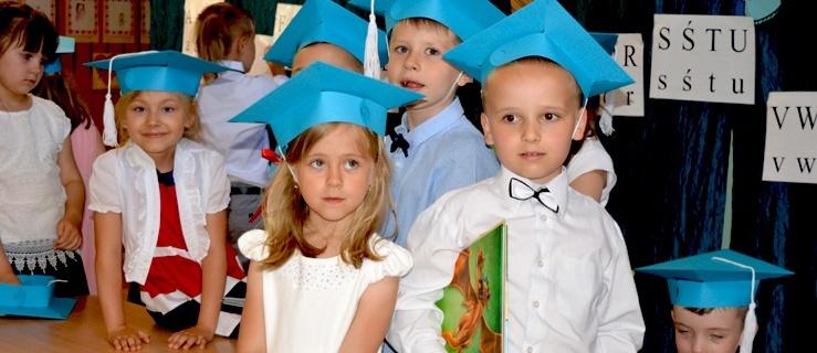 Rozstania nadszedł czas. Najmłodsi elblążanie zakończyli edukację przedszkolną (+ zdjęcia)