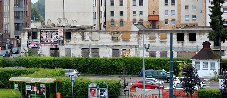 Jest szansa, że nieukończone budynki na Starym Mieście przestaną w końcu straszyć!