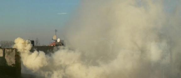 Elblążanin skarży się na sąsiada, który palił… opony