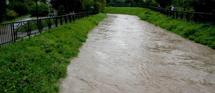 Elbląg: woda opada. Pasłęka w Braniewie nieprzewidywalna. Groźna rzeka Wąska w Pasłęku