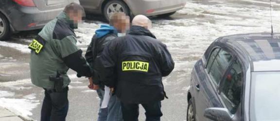 Atak CBŚ na mafię narkotykową w Elblągu