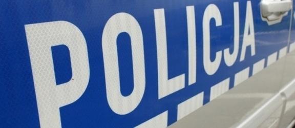 Bo zupa była za zimna... Policjanci zatrzymali agresywnego 53-latka, który znęcał się nad swoją matką