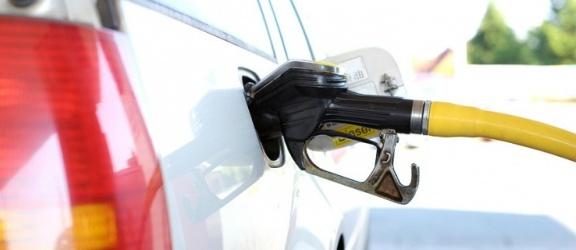 Zdrożała benzyna w hurcie polskich rafinerii