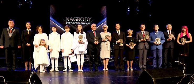 Prezydent docenił wybitnych elblążan. Wśród nagrodzonych Marta Gałuszewska (+ zdjęcia)