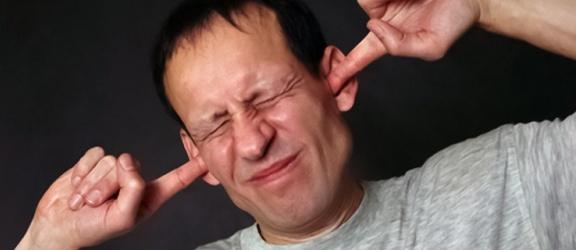 Trzy sposoby na leczenie szumów usznych