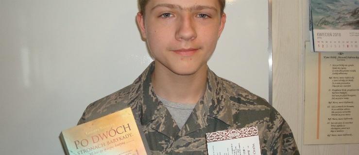 """Uczeń jedynki zwyciężył w konkursie Elblag.Net: """"Dlaczego gen. Anders, a nie Armia Ludowa?"""""""