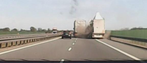 Elbląg: Zderzenie dwóch ciężarówek
