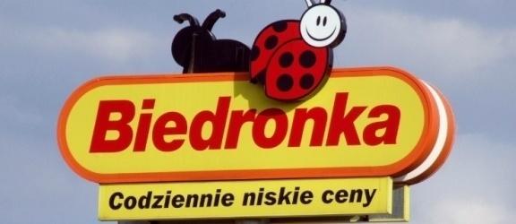 """Biedronka kusi """"atrakcyjnym"""" wynagrodzeniem studentów, także z Elbląga"""