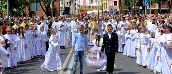 Episkopat Polski zachęca w Boże Ciało do akcji #Procesja