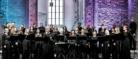 Koncert chóru Cantata w Galerii El
