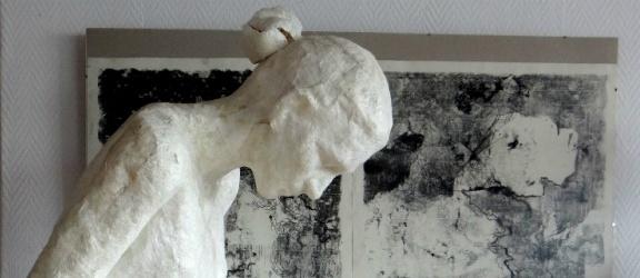 """Rzeźby stworzone w gdańskiej pracowni ASP już można oglądać w CSE """"Światowid"""" w Elblągu"""