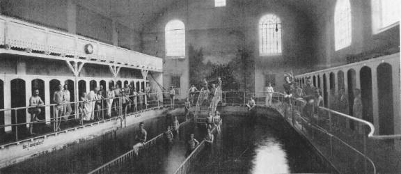 Historia na fotografiach. Na tym elbląskim basenie trenowała przyszła złota medalistka olimpijska