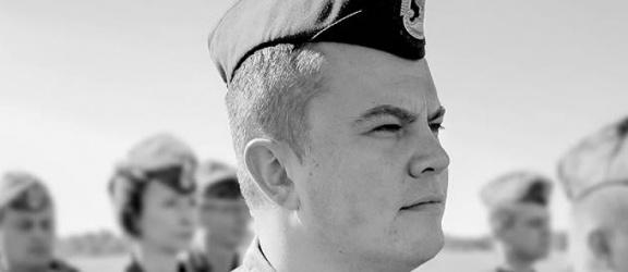 Pogrzeb tragicznie zmarłego pilota porucznika Krzysztofa Sobańskiego
