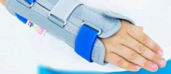 W Elblągu zgubiono ortezkę dla dziecka. Pani Magda prosi o informację (aktualizacja)
