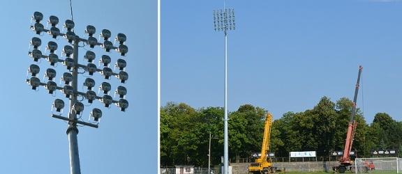 Elbląg. 3,5 - tonowe maszty oświetleniowe na stadionie (+ zdjęcia)