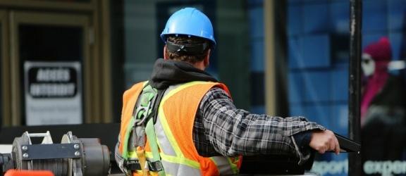 Pracodawcy poszukują pracowników. Zobacz listę najbardziej pożądanych zawodów
