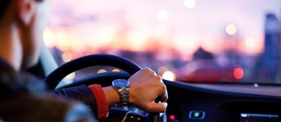 Czy za jazdę pod wpływem alkoholu mogę dostać co najwyżej grzywnę?