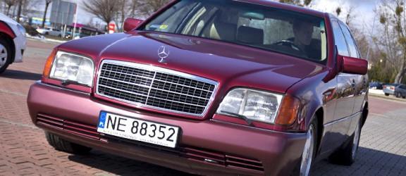 FURA 15 - Mercedes wiśnia