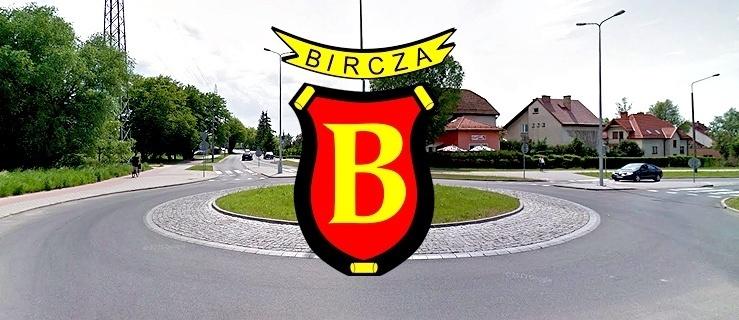 Data uroczystego otwarcia ronda Obrońców Birczy została przesunięta