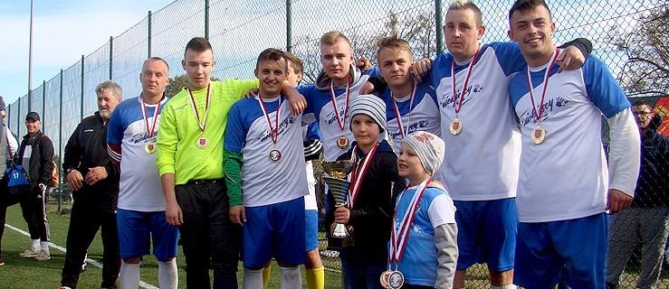 II Charytatywny Turniej Piłki Nożnej w Rychlikach (+ zdjęcia)