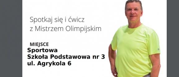 Spotkanie z mistrzem olimpijskim Jackiem Wszołą w szkole sportowej w Elblągu