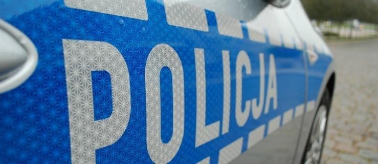 Elbląg: Dwóch kierowców w szpitalu. Policjanci podsumowali weekend