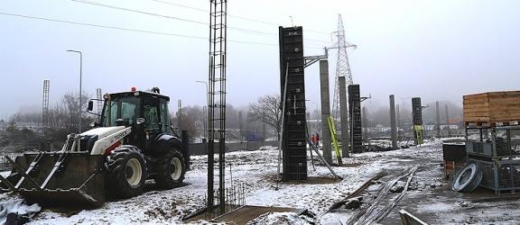 Elbląg. Trwa budowa parku handlowego (+zdjęcia). Sprawdź, kiedy zrobisz zakupy