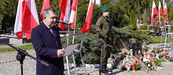 W Elblągu uczczono pamięć ofiar zbrodni katyńskiej. To już 79. rocznica (+ zdjęcia)