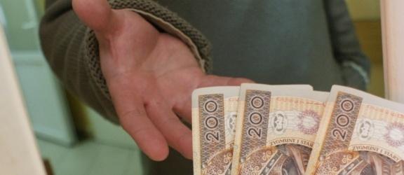Pasłęk: Uwaga na oszustów - policjanci z Pasłęka ostrzegają mieszkańców