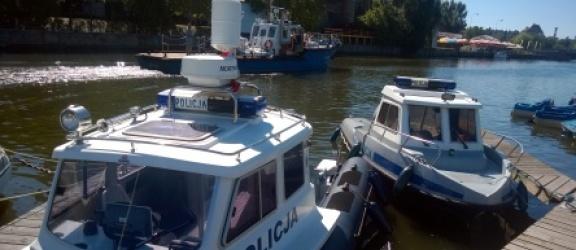 Elbląg: Policyjne łodzie Parker i Harpun na tropie kłusowników