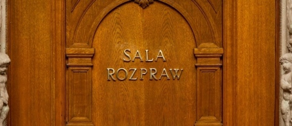 Zbrojna grupa przestępcza w Elblągu. Żądali miliona zł okupu
