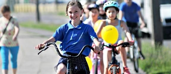 Rodzinny przejazd przez miasto i piknik rowerowy. Mówimy, co zrobić aby wygrać rower!