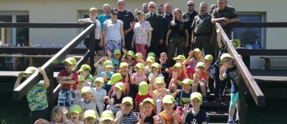 Elbląg: Dzieci, myśliwi i policjanci