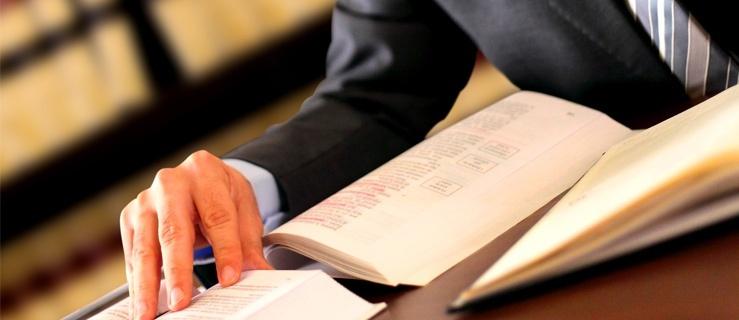 Terminy wypłaty odszkodowań w polisach obowiązkowych i dobrowolnych